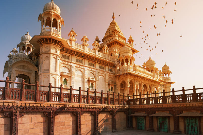 El Jaswant Thada es un cenotafio situado en Jodhpur, en la India imagen de archivo libre de regalías