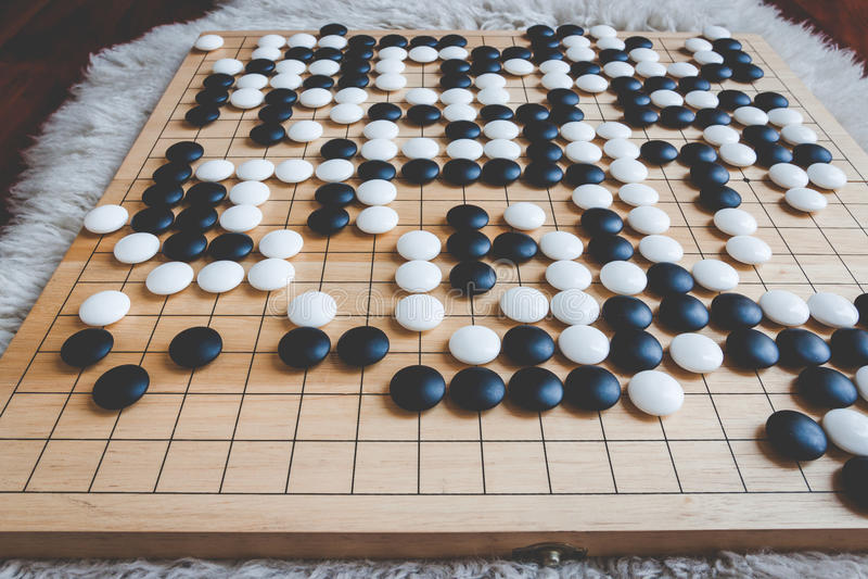 El juego de mesa va o de Weiqi foto de archivo libre de regalías
