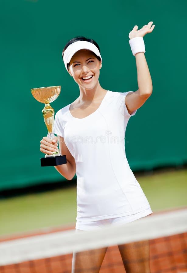 El Jugador De Tenis Profesional Ganó El Emparejamiento Foto de archivo libre de regalías