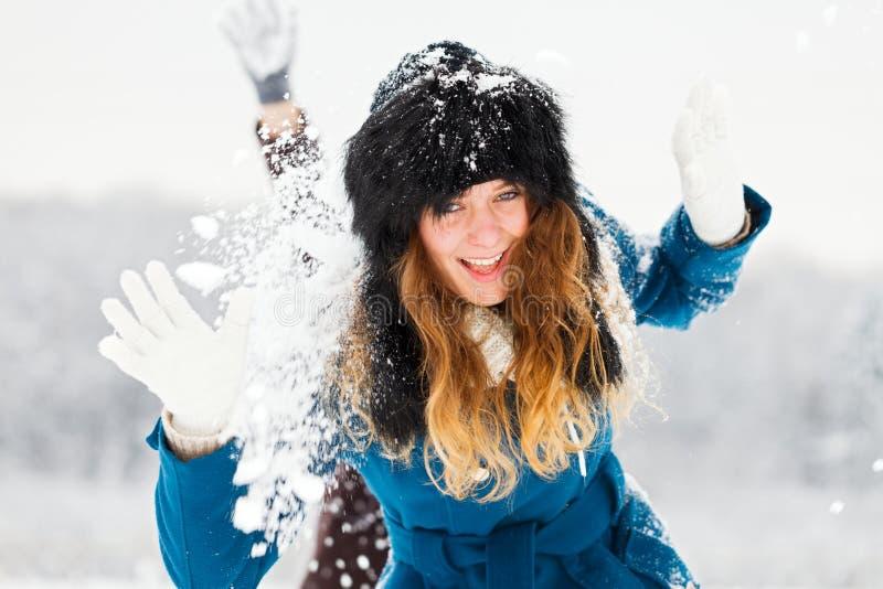 El jugar en invierno fotos de archivo libres de regalías