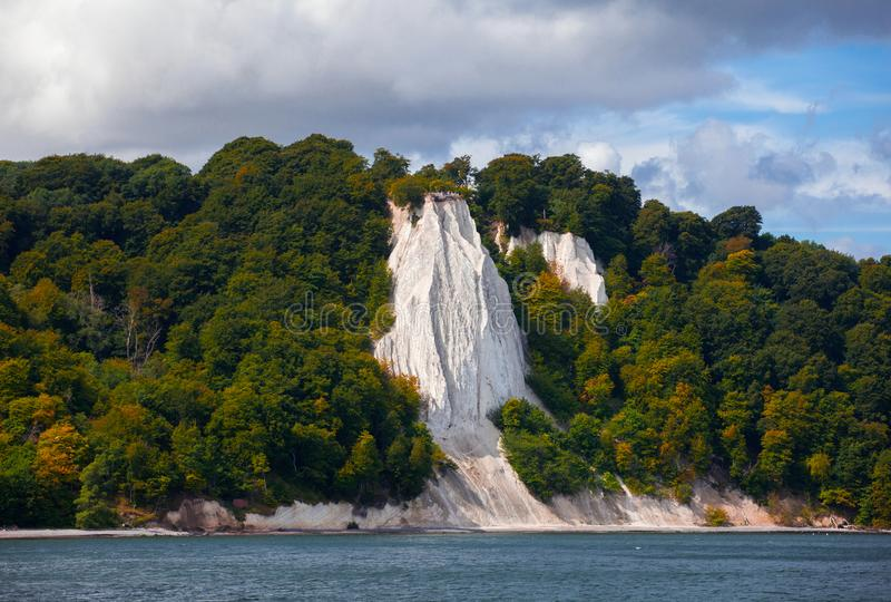 El Koenigsstuhl Los acantilados de tiza en la isla Ruegen, Alemania imagen de archivo