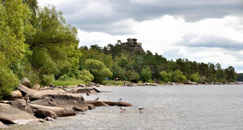 El lago Borovoe, indica el parque natural nacional fotos de archivo
