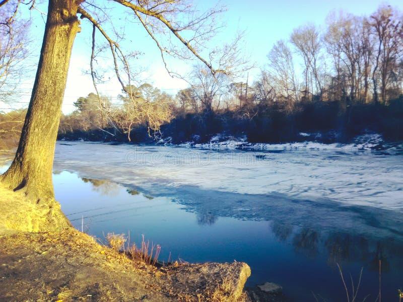El lago congelado imagenes de archivo