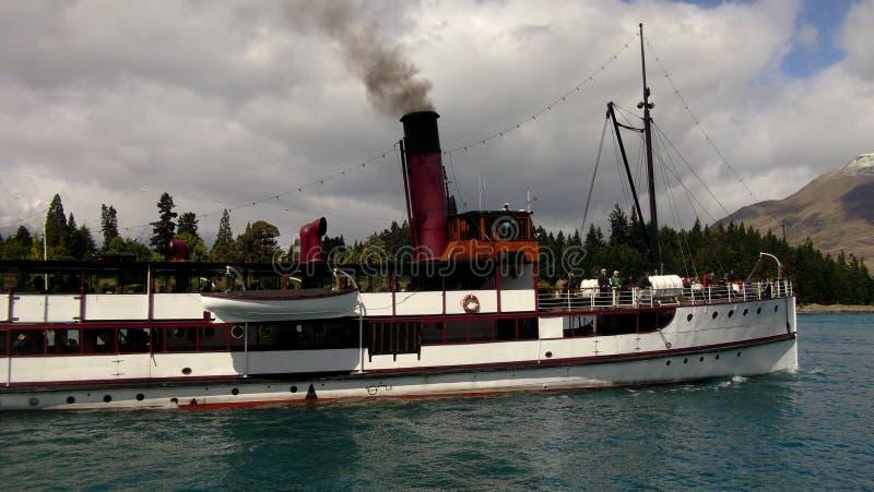 El lago Wakatipu Queenstown Earnslaw imagenes de archivo