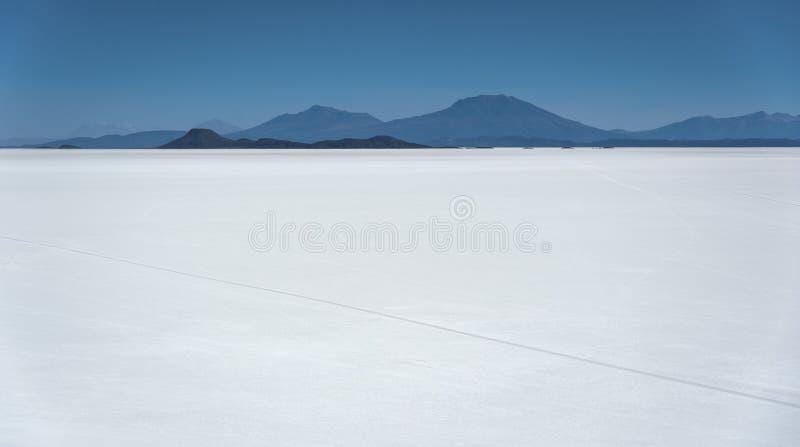 El llano más grande Salar de Uyuni, Bolivia de la sal del ` s del mundo vista de Isla Incahuasi Isla del Pescado-Fish Island imagenes de archivo