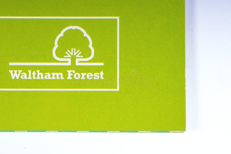 El logotipo de la ciudad del bosque de Waltham en Londres imagenes de archivo