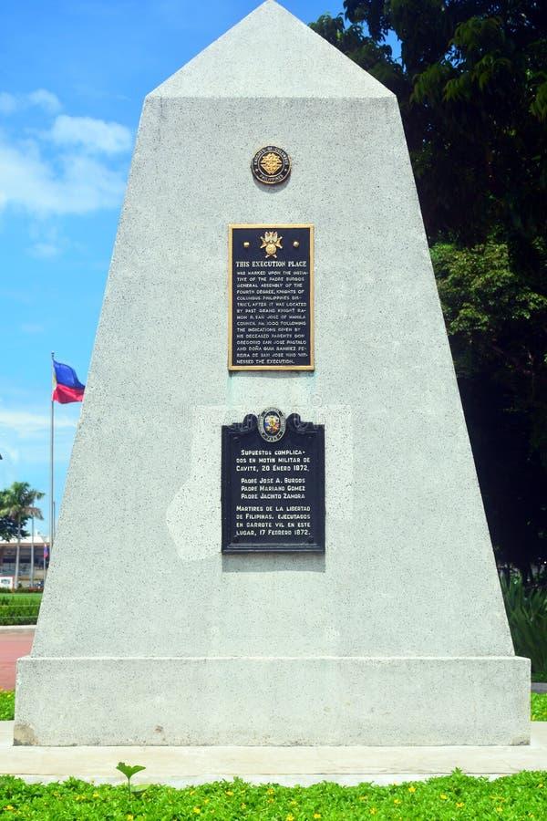 El lugar de la ejecución de 3 mártires del sacerdote firma adentro el parque de Rizal, Manila, Filipinas imagen de archivo