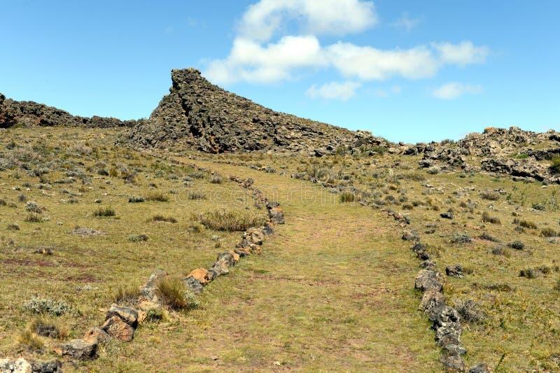 El lugar habitado por las tribus indias antiguas en el parque nacional Pali Aike imagenes de archivo