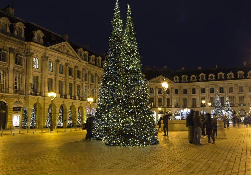 Download El lugar Vendome en París imagen editorial. Imagen de navidad - 64208270