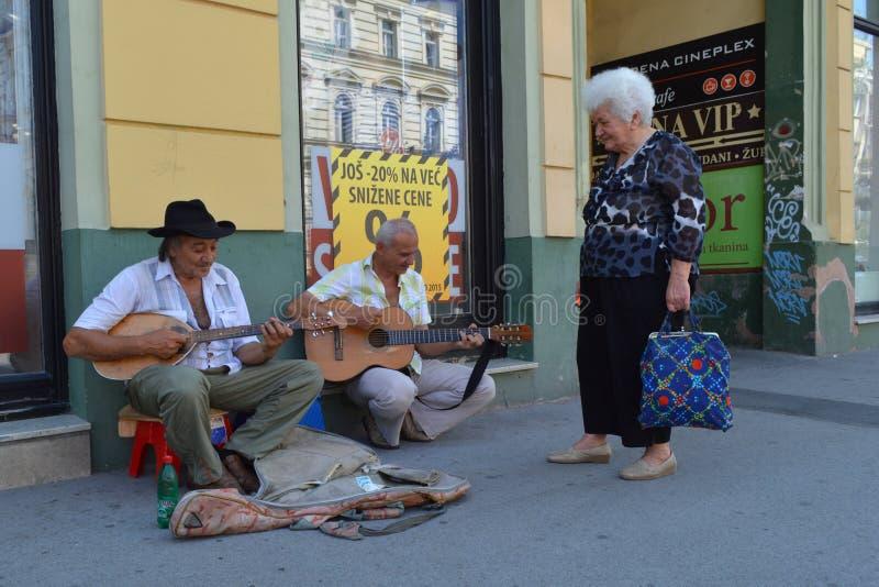 El músico de la calle imagen de archivo libre de regalías
