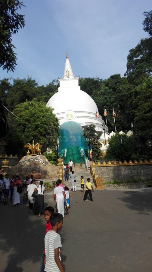 El mahameuna del nombre del templo en Sri Lanka fotos de archivo