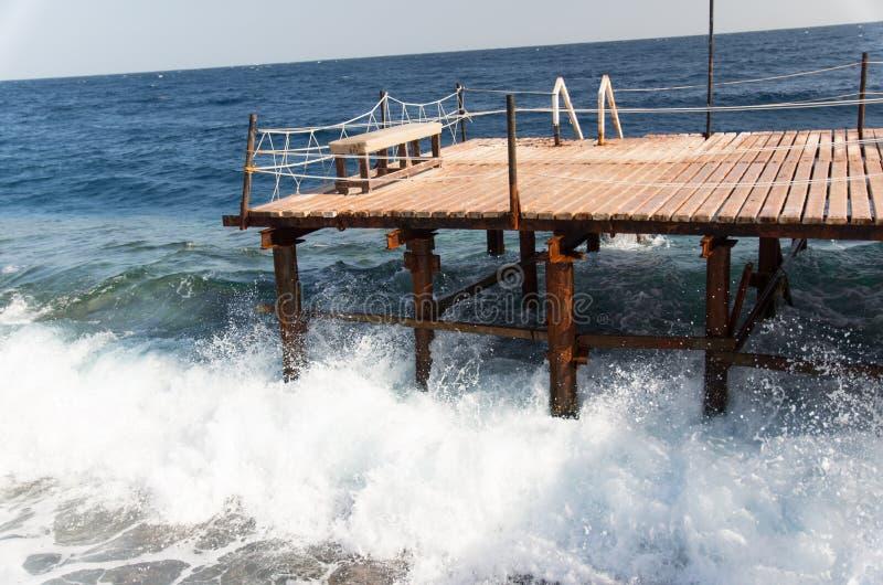 El mar agita en Egipt imágenes de archivo libres de regalías