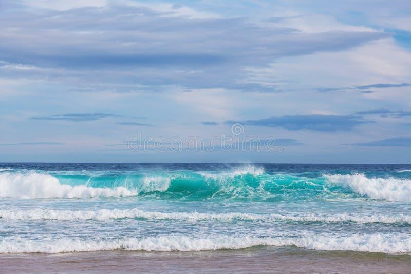 El mar agita en el cabo Woolamai imágenes de archivo libres de regalías