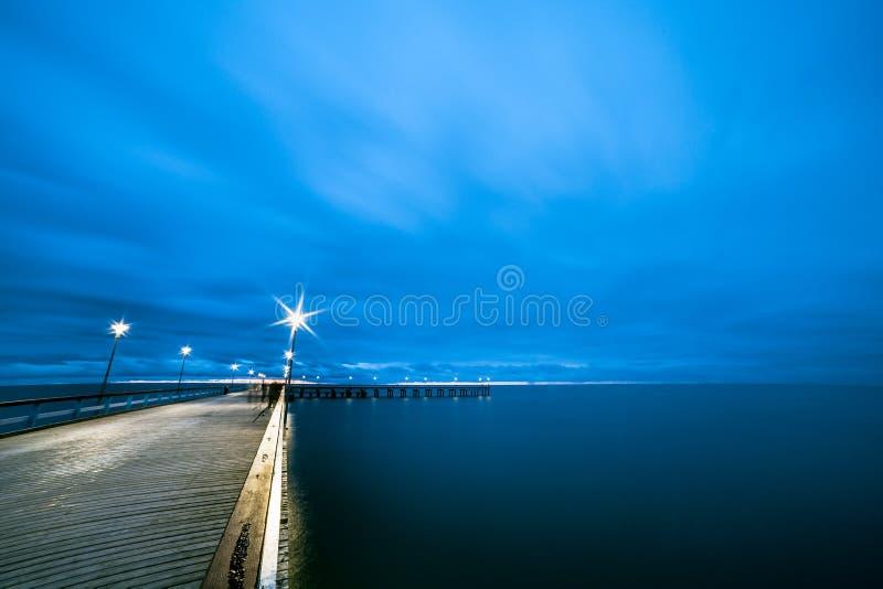 El mar Báltico y un embarcadero fotografía de archivo libre de regalías