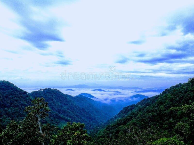El mar de la niebla en Samoeng, Chiangmai imagen de archivo libre de regalías