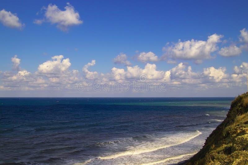 El Mar Negro y nubes imagen de archivo libre de regalías