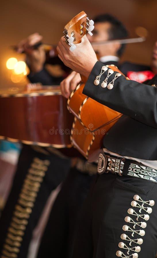 El mariachi de Maxican congriega imagenes de archivo