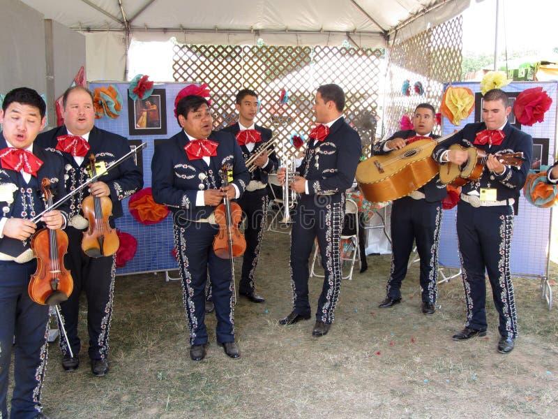 El Mariachi mexicano grande congriega fotografía de archivo