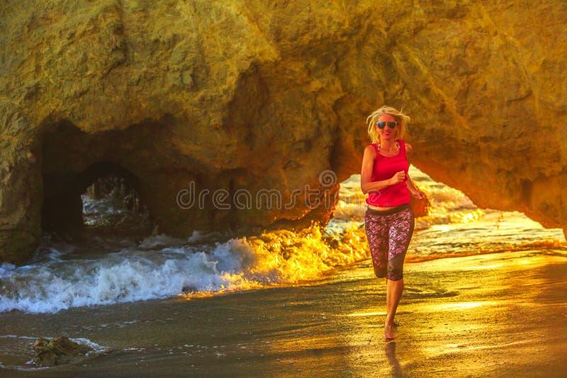 El matadora Plażowy jogging zdjęcia royalty free