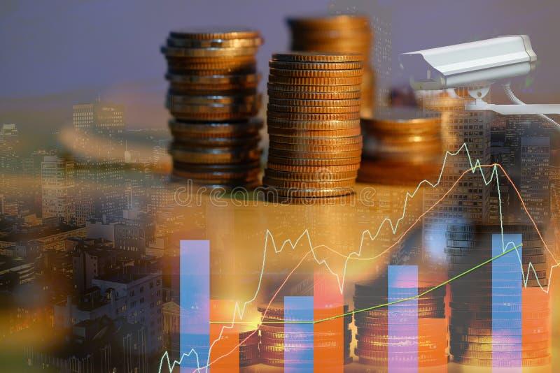 El mercado de acci?n o el gr?fico y la palmatoria comerciales de las divisas trazan conveniente para el concepto de la inversi?n  fotografía de archivo libre de regalías