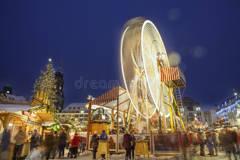 Mercado de la Navidad en Dresden fotografía de archivo libre de regalías