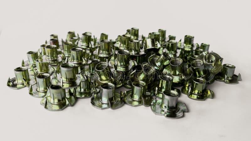 El metal, metal plateado, cinc, tornillo, cortó imágenes de archivo libres de regalías