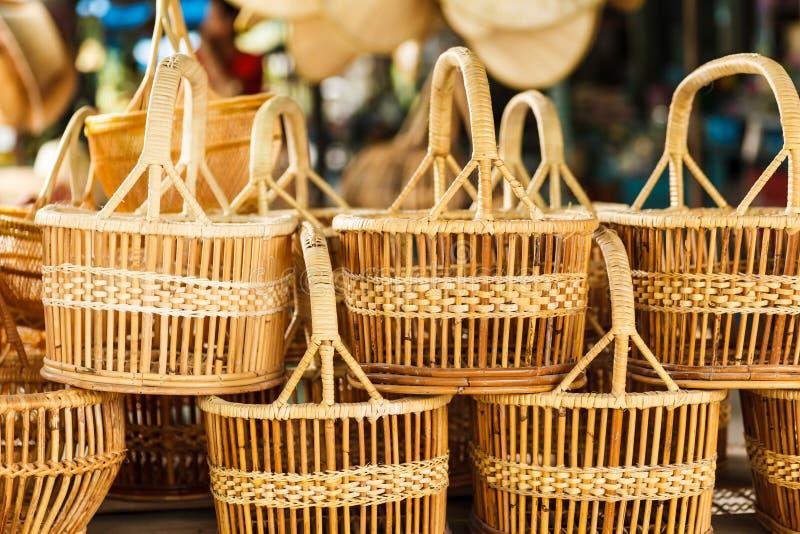El mimbre de la cesta es hecho a mano tailandés foto de archivo libre de regalías