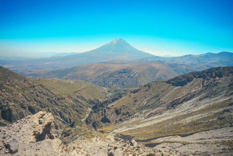 EL Misti Volcano a Arequipa, Perù fotografia stock libera da diritti
