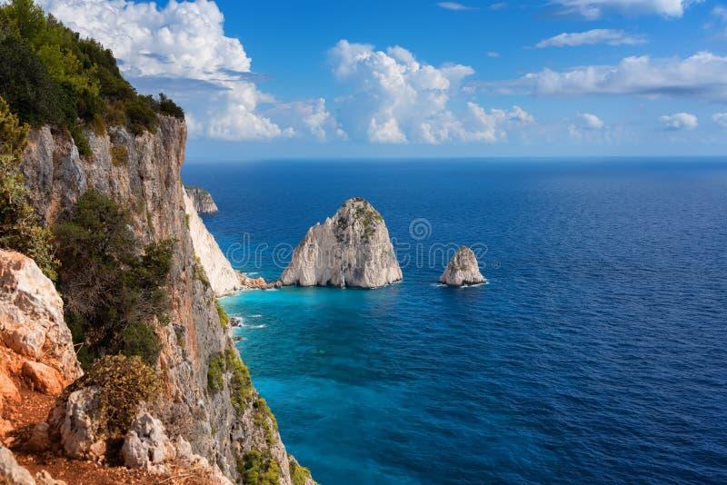 El Mizithres, pequeño y grande Formaciones de roca asombrosas en el cabo de Keri, isla de Zakynthos Grecia fotos de archivo libres de regalías