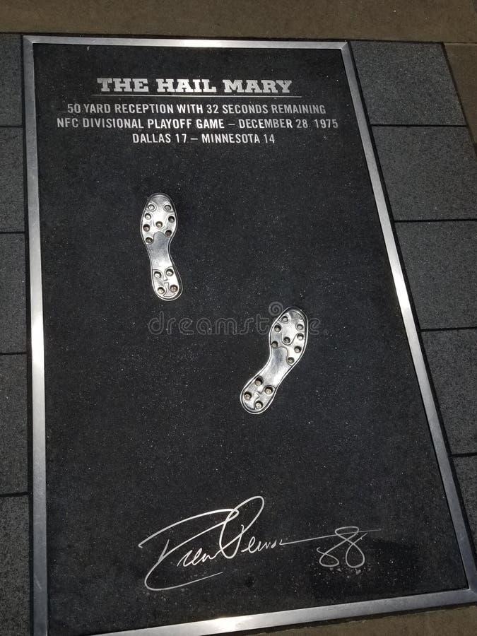 El MOMENTO MÁS GRANDE del FÚTBOL de Minnesota NFL de los objetos de recuerdo 88 de Mary Dallas Cowboys TX del saludo fotografía de archivo libre de regalías