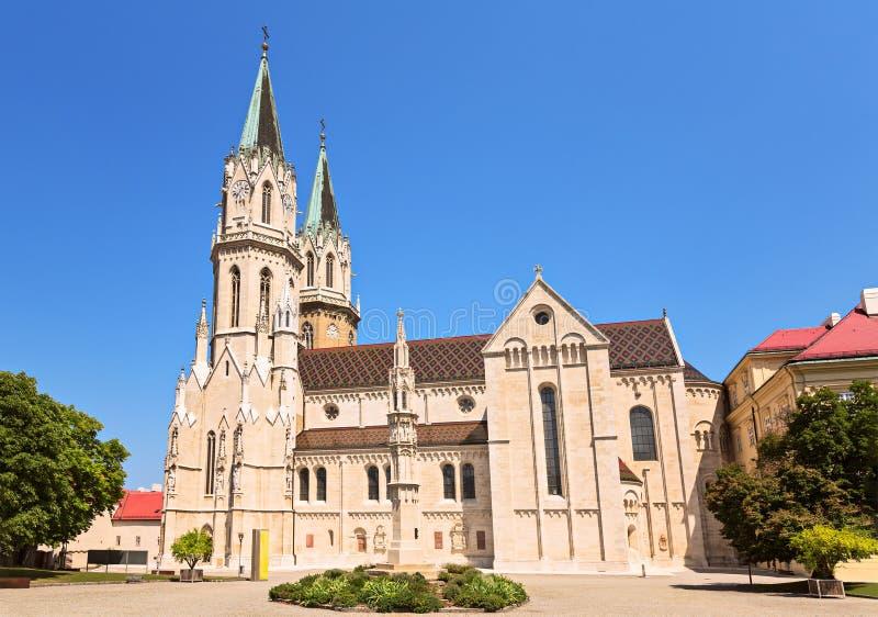 El monasterio de Klosterneuburg es un monast agustino del siglo XII fotos de archivo
