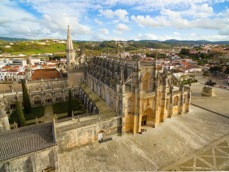 El monasterio de la opinión aérea de Batalha fotos de archivo