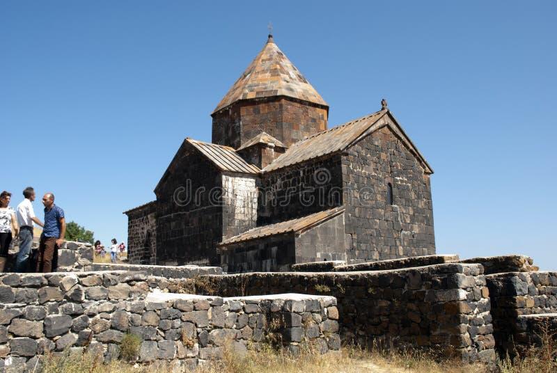 El monasterio o el Sevanavank (iglesia) de la isla en la isla de Sevan imágenes de archivo libres de regalías