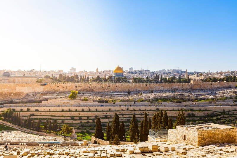 El monte de los Olivos y el cementerio judío viejo en Jerusalén, Israel fotografía de archivo libre de regalías
