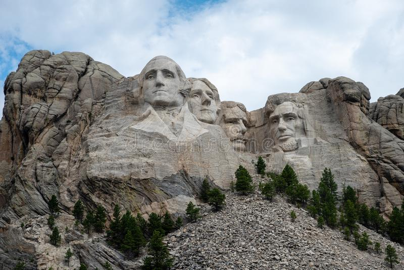 El monte Rushmore en verano fotos de archivo