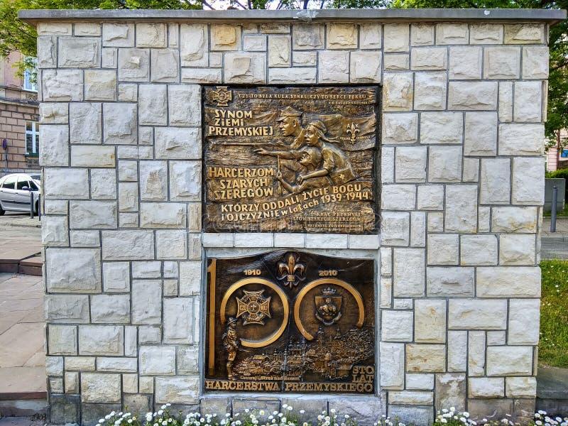 El monumento del ¹ ' Przemysl, Polonia del å de los aguiluchos de Przemysl imagenes de archivo