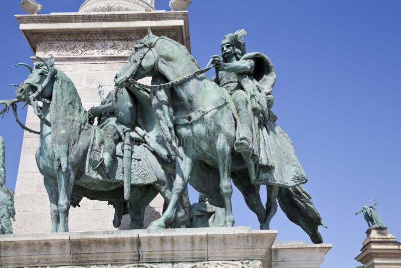 El monumento en cuadrado de los héroes fotografía de archivo libre de regalías