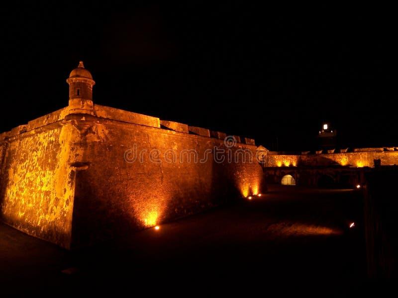 El Morro fortet i San Juan Puerto Rico på natten fotografering för bildbyråer