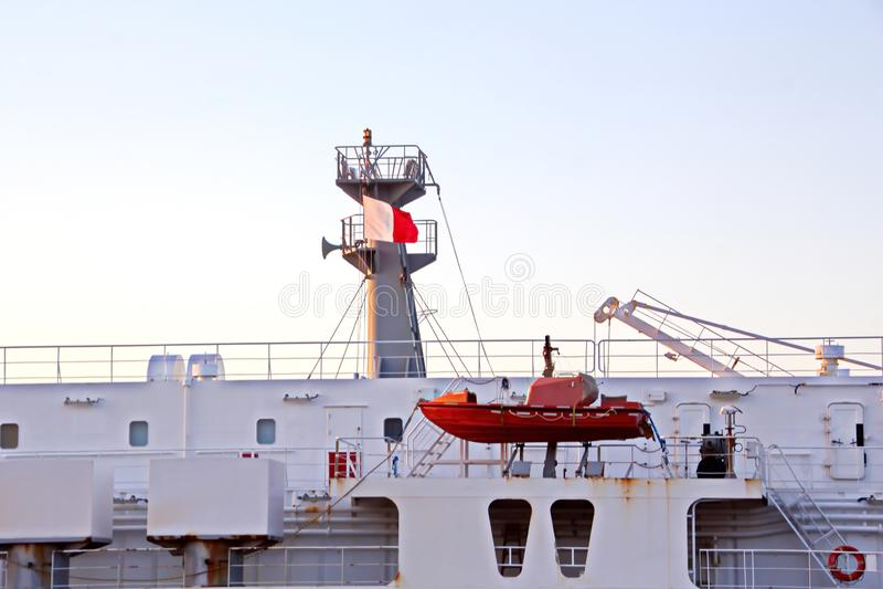 El movimiento de los buques mercantes y de los tirones del mar a la entrada y a la salida del puerto Beaumont, Tejas fotografía de archivo
