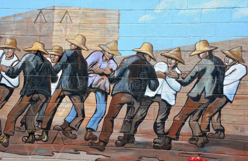 El mural cuenta la historia de Chemainus foto de archivo