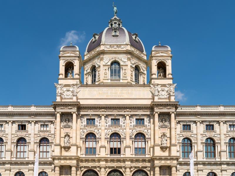 El museo de la historia natural (museo de Naturhistorisches) en Viena imagenes de archivo