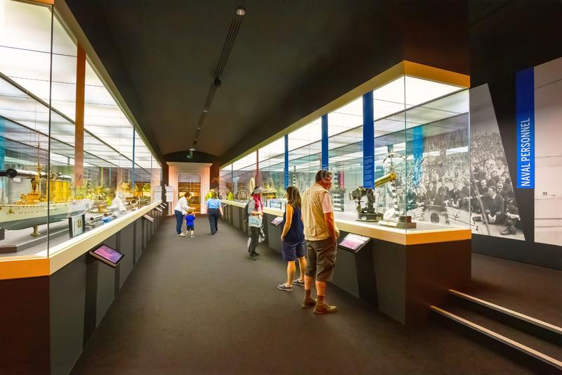 El museo marítimo nacional en Greenwich, Londres, Reino Unido fotos de archivo
