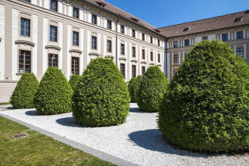 El Na del jardín rocía en el castillo de Praga fotos de archivo