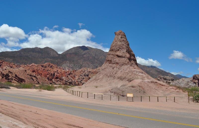 El Obelisco - vagga bildande. Quebrada de las Conchas. royaltyfria foton