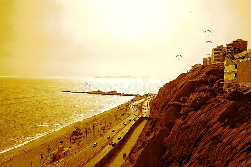 El Océano Pacífico y el ` el ` verde bajo Sun poderoso, Lima - Perú de la costa fotos de archivo libres de regalías