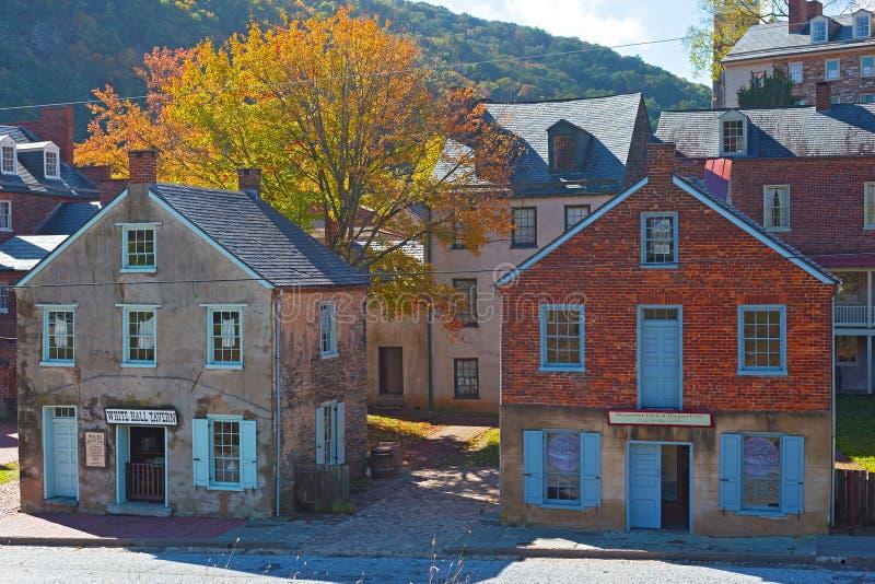 El otoño en Harpers balsea la ciudad histórica en Virginia Occidental, los E.E.U.U. fotografía de archivo