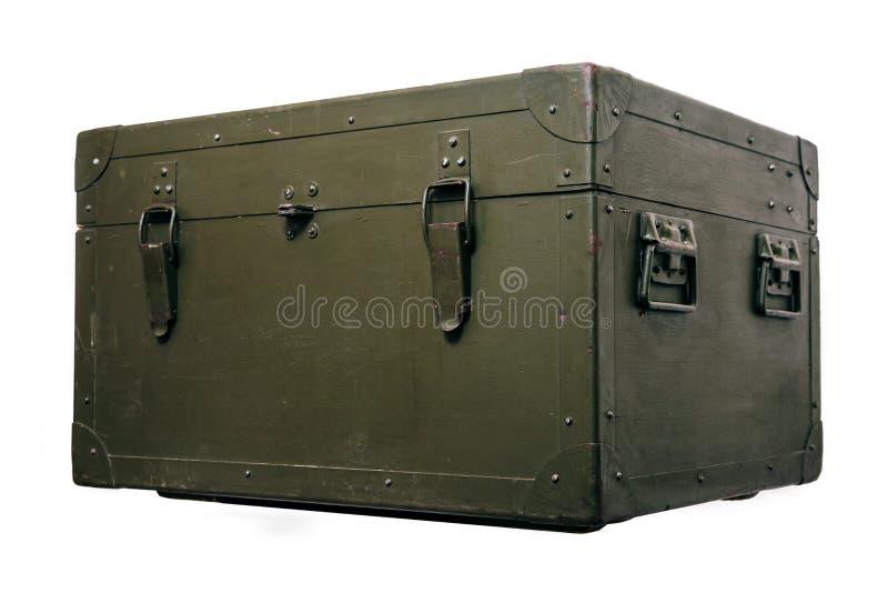 El paño militar viejo de la cerradura de la munición del almacenamiento del verde de la caja del vintage rasguña a hombres rotos  foto de archivo