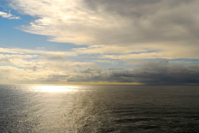 El Pacífico tempestuoso fotografía de archivo libre de regalías