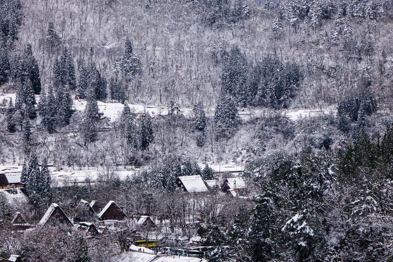 El paisaje del invierno adentro Shirakawa-va, Japón foto de archivo