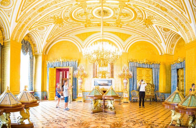 El palacio del invierno, ermita, una del museo más famoso del mundo fotografía de archivo libre de regalías